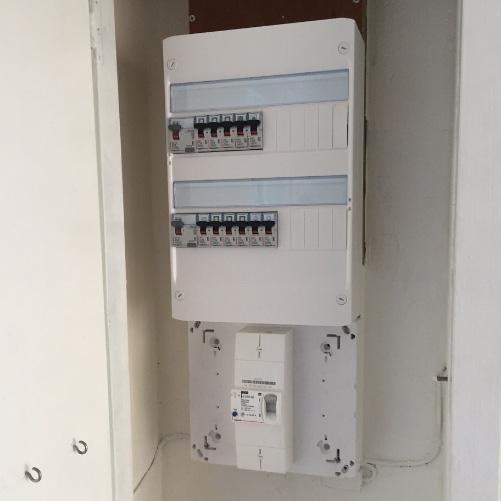 tableau électrique après mise en sécurité par les spécialistes NEOS BÂTIMENT, Allauch